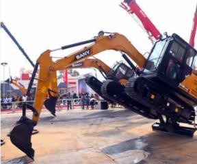 """印度Excon 2017开幕,向文波帅气试驾""""本地压路机"""""""