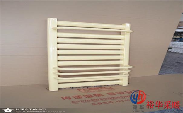 家用卫浴碳钢小背篓暖气片 壁挂钢制背篓式散热器